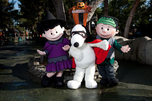 Knott's Berry Farm's Snoopy's Camp Spooky - 30% Off